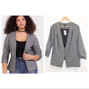 Torrid Deluxe Gray Stretch Ruched Sleeve Blazer-4X